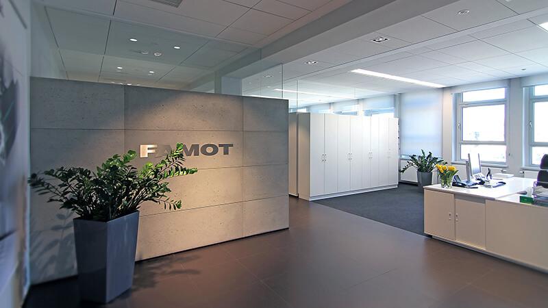 Projekty wnętrz biurowych - Projekt wnętrza biur Famot
