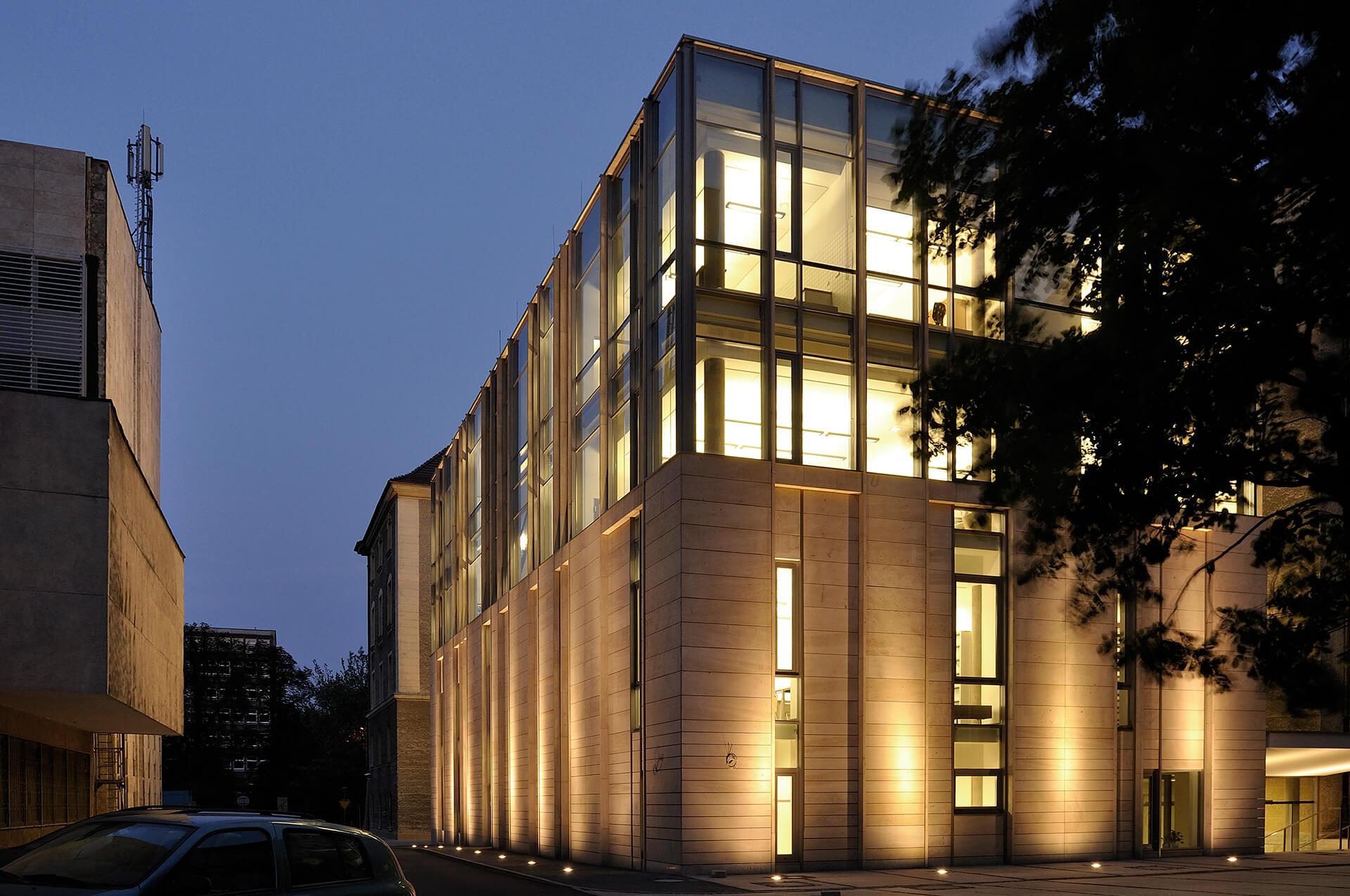 Biblioteka UAM - Projekt biblioteki Poznań
