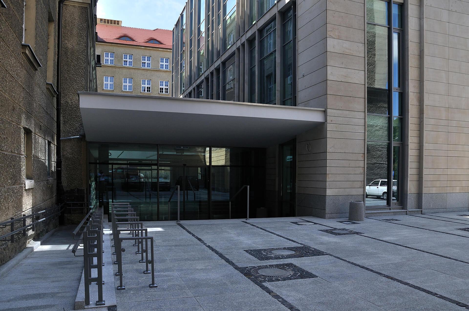 Biblioteka UAM - Projekt biblioteki Poznań - Architekci Neostudio
